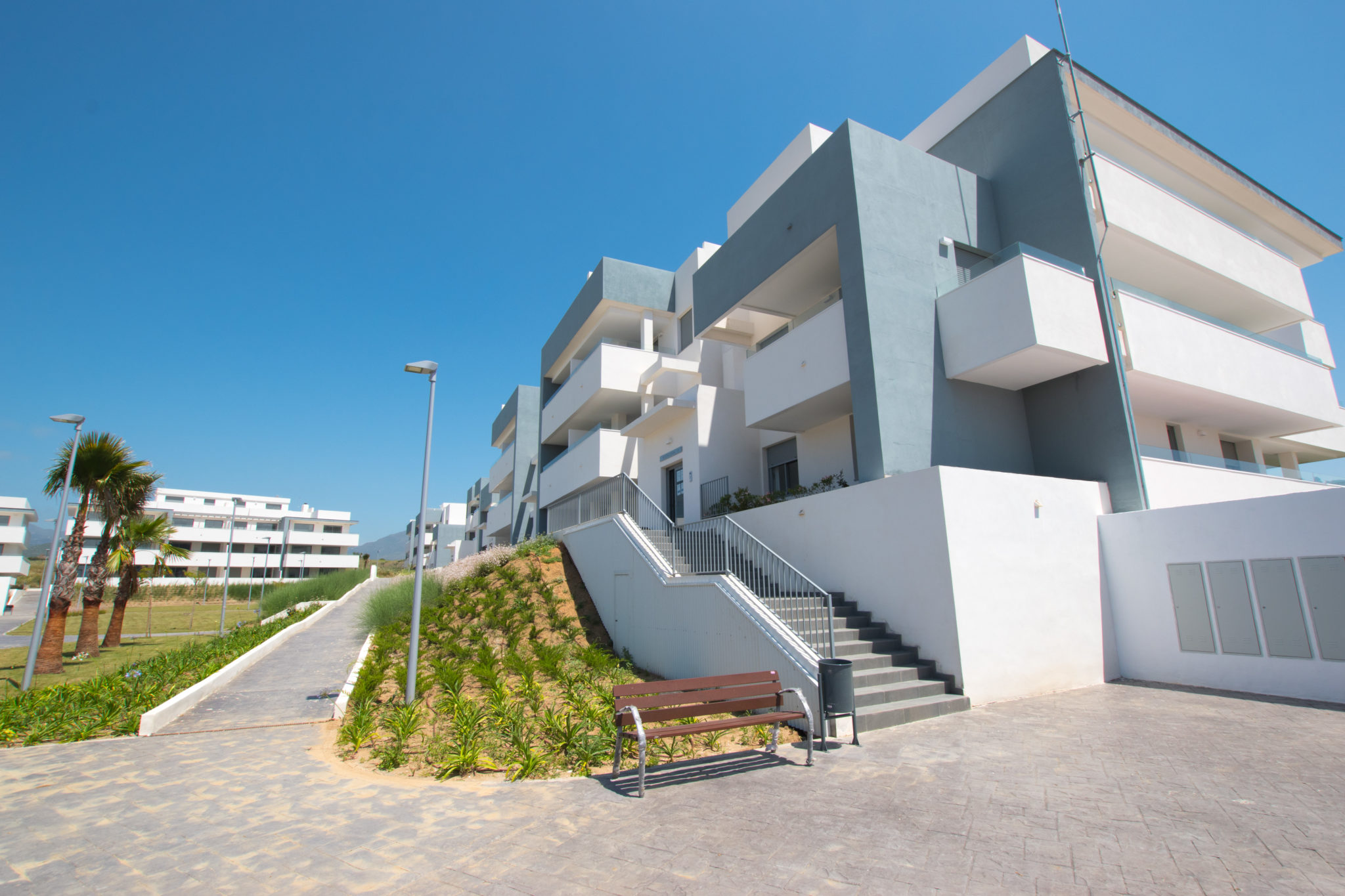 Fantastic new Penthouse in Estepona with panoramic sea and mountain views.